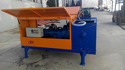 Low cost foam concrete mixing machine